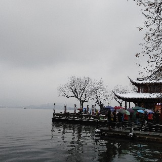 The snowy West Lake 6