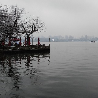 The snowy West Lake 8